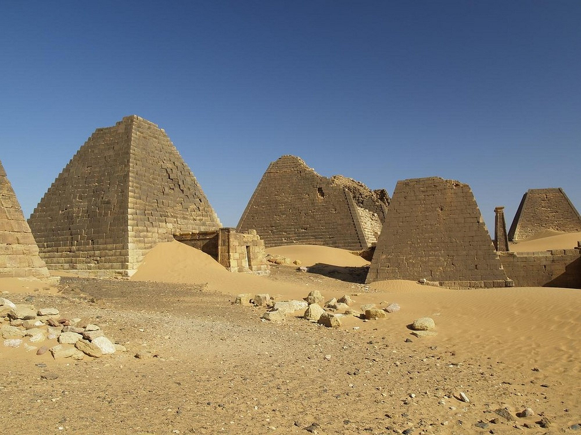 Sudan 007 2000px