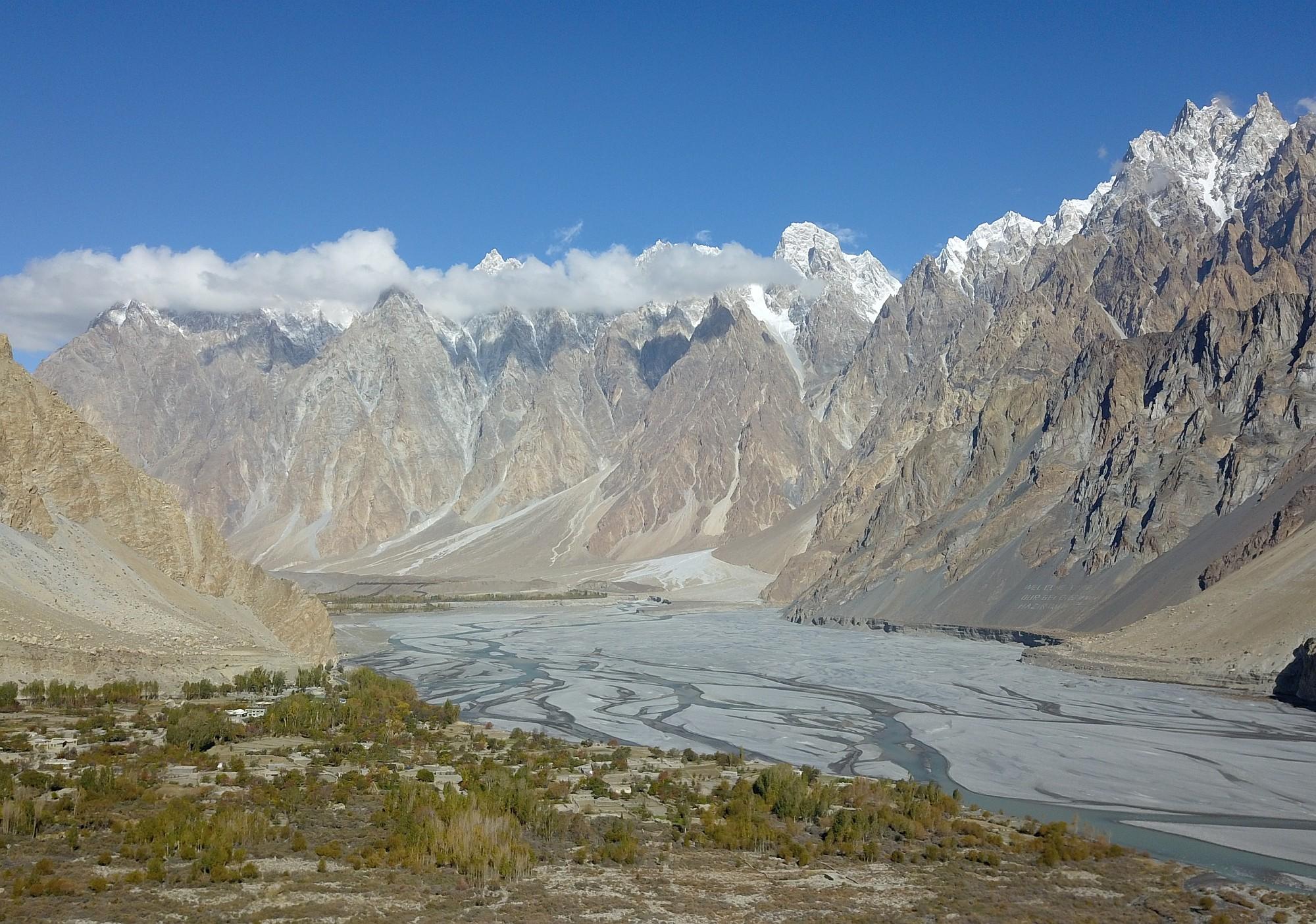 Pakistan Chapruson 016 2000px