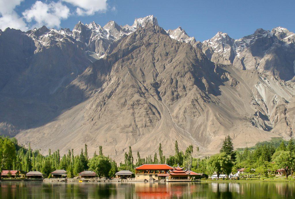 Pakistan opener 022 cut 2000px